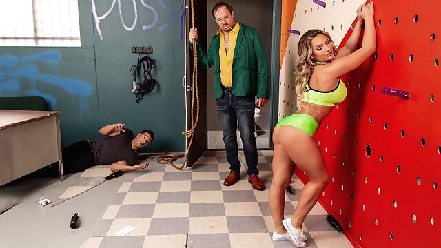 Going Down In A Blaze of Gloryholes Free Video With Xander Corvus & Cali Carter - Brazzers american big ass big tits