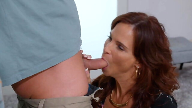 i like to fuck my mom hard squirting milf orgasm