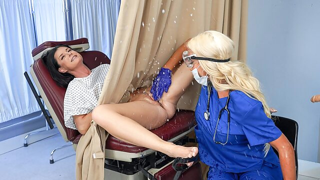 India Summer & Nicolette Shea in Banged by the Brand New Tool - RealityKings cunnilingus fetish fingering
